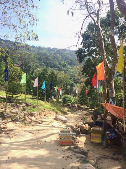 По дороге к 49-метровому Будде